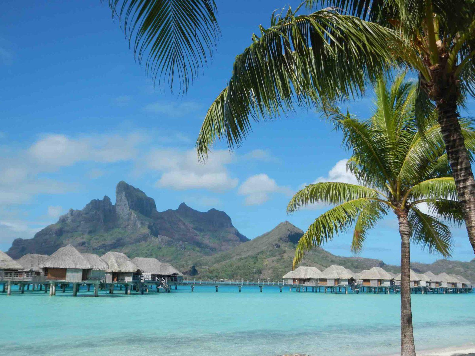 Overwater Bungalows in Bora Bora, Tahiti
